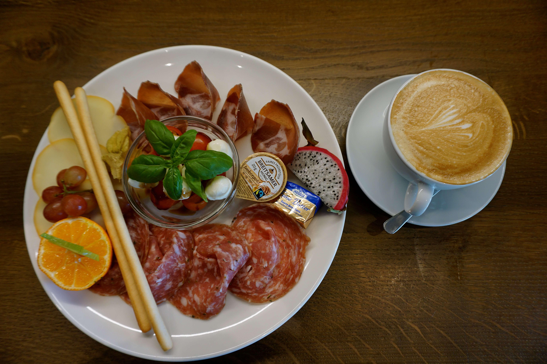 Fühstück Mailand